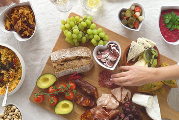 The White Company // The Sharing Board